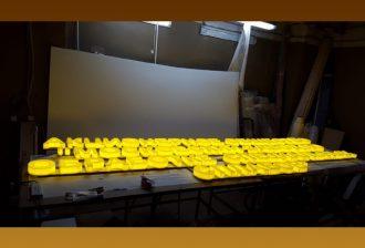 заказать объемные световые буквы